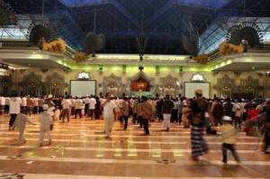masjid-islamic-center-jakarta