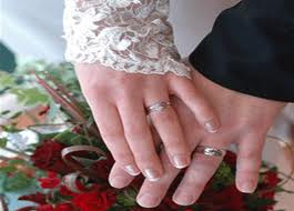 suami-istri-wudhu-batal